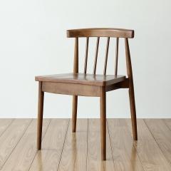 北欧靠背实木餐椅