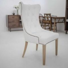 白色实木脚餐椅